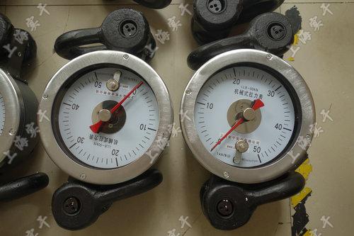 井架机械式拉力表